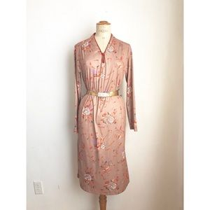 Vintage tan dress with roses print all over sz: M